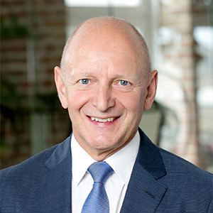 Josef Ehrenhöfer von consult2win